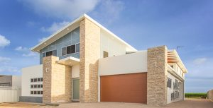 Side View of Modern House — New Homes in Habana, QLD